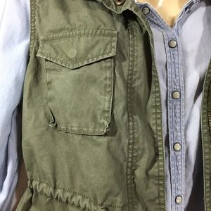 Olive Utility Vest Drawstring Zipper XL Pockets